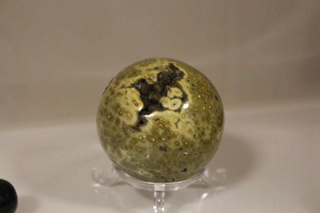 Pierre - sphère jaspe orbiculaire