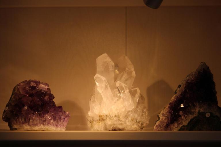 Pierres - druses de quartz et améthyste